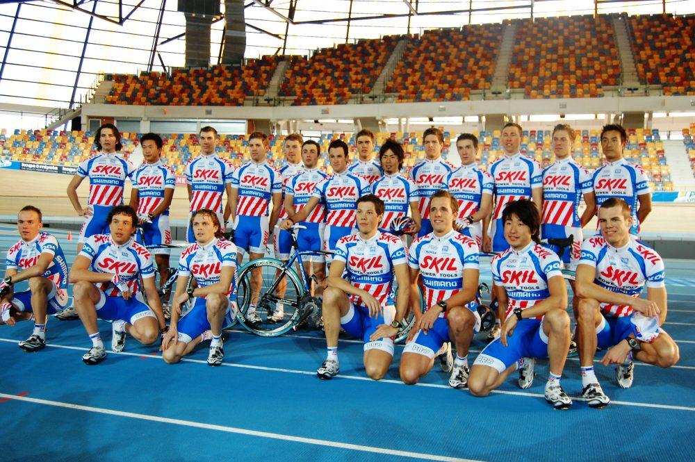 Piet Rooijakkers uit Gerwen (knielend midden voor) was van 2006-2010 profrenner bij Skil-Shimano…(foto Cees van Keulen)