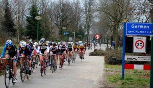 Wielerronde van Gerwen voor vrouwen en mannen @ Centrum Gerwen | Nuenen | Noord-Brabant | Nederland
