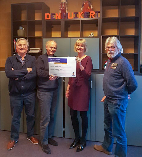 Rabobank doneert €5000 aan WLG om mantelzorg-project Den Huikert een kwaliteitsimpuls te geven